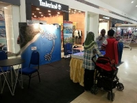 Promoting The Hibiscus in Mesra Mall, Kerteh, Terengganu